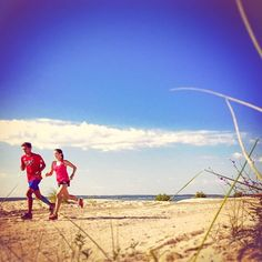 Welcome to #RunnerLand . Photo: @jetsetsweat . 25k @ 5:50/km  . Lets follow us & tag #RunnerLand in your photos for featured  .