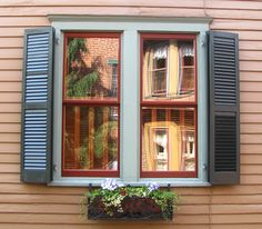 Exterior window shutters, mistakes hanging shutters,historic shutters vs  plastic shutters, wood window shutters, real wood shutters or vinyl shutters  hinges