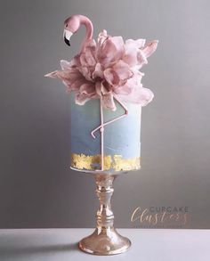 This article has collected a number of the latest female-themed birthday cakes. You can choose one based on the age and preferences of female friends. What are you waiting for, give her a good memory! Unique Birthday Cakes, Beautiful Birthday Cakes, Birthday Cakes For Women, Themed Birthday Cakes, Gorgeous Cakes, Husband Birthday Cakes, Beautiful Cake Designs, Adult Birthday Cakes, Flamingo Cake