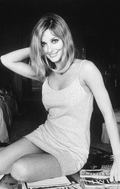 Sharon Tate Vintage Gif Find Share On Giphy