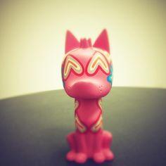 Xico la mascota de la mitología mexicana by Pineda Covalin y este diseño de Agatha Ruiz de la Prada