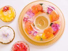食べられる花をとじこめたフラワーババロアが登場|ことりっぷ