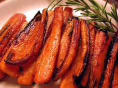 Skillet Roasted Carrots! This recipe is from Tom Colicchio, the head judge of Top Chef. I got this recipe from Today's Kitchen cookbook(recipes made on the Today news show). It's simple and delicious! Baby carrots were used for this dish, but feel free to use large carrots, cut to size.