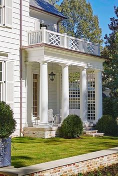 Architectural Elements (Content in a Cottage) I love the balcony railing and the lattice as well as everything else about this lovely entrance. viaI love the balcony railing and the lattice as well as everything else about this lovely entrance. Balustrade Balcon, Gazebos, Porch Kits, Porch Ideas, Balcony Railing, Porch Railings, Wood Railing, Railing Design, Building A Porch