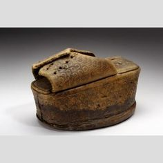 century Patten or Chopine (shoe). Nasher Museum of Art, Duke University. Valley College, College Library, Duke University, Body Adornment, Costume Collection, 16th Century, Venetian, Platforms, Art Museum