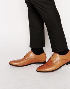 Derby-Schuhe von Frank Wright glattes Leder Schnürung schmale Zehenpartie Kontrastsohle strukturiertes Profil mit geeignetem Pflegemittel behandeln Obermaterial: 100% echtes Leder