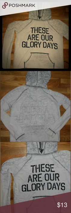 Large👓Forever 21-Thin Hoodie light gray Lightly used.good condition. One small hole on back. Make offer! Willing to trade!!! Forever 21 Sweaters