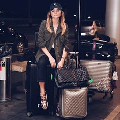 #thassiastyle ✈️ De partida e look aeroporto pra vocês, claro! #btviaja #airportstyle