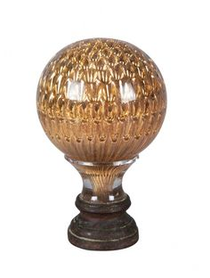 """BACCARAT - Pinha de cristal. Decoração dita """"Colmeia"""". Século XIX. 17 cm. Base R$800,00.set15"""