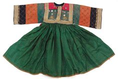 tribalartandtextiles: afghan, tibetan, indian, antique, textiles, jewellery, ivory, embroidery, silver, costumes, ethnic, himalayan, byron bay, interior, decoration, furnishings - Baluchi (nomadic) girls festive dress - (Powered by CubeCart)