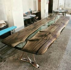 Epoxy Conference Table,Bi - Wood How to Crafts Live Edge Furniture, Resin Furniture, Log Furniture, Living Furniture, Furniture Design, Office Furniture, Epoxy Wood Table, Wooden Dining Tables, Dining Room Table