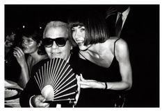 Roxanne Lowit, Helena Christensen, Karl Lagerfeld & Anna Wintout, Milan 1994