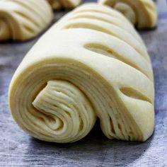 Good morning.  #pandekiran #nepalibaker #namaste #croissant #bakingday #pastry #pastrychef #viennoiserie #pastryelite #pastrydelights #like #like4like #boulangerie #croissanter #croissantlover #painauchocolat #coffeetime☕️ #bbga #osaka #パンデキラン #大阪 #大阪のパン屋さん #クロワッサン #チョコクロ #ペストリー #おやつパン #あさごはん #コーヒー .