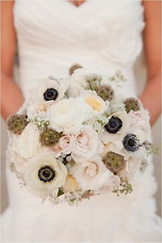 12 Stunning Wedding Bouquets - 29th Edition - Belle the Magazine . The Wedding Blog For The Sophisticated Bride