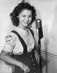 Shirley Temple, there isn't anything she couldn't do! Such a beautiful face!