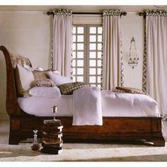 Cavalier Sleigh Bed