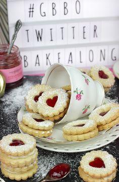 British Biscuit Recipes, British Baking Show Recipes, British Bake Off Recipes, British Biscuits, Great British Bake Off, Baking Recipes, Dessert Recipes, British Cookies, British Cake