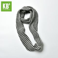 Knitted And Crochetted Scarves, Infinitive Scarves, Snoods at heartful-twist.com