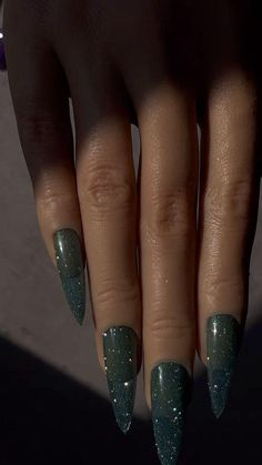 15ml Dazzle Nail Reflective Glitter Diamond UV Gel Nail Art Soak Off Sparkle Shiny UV Nail Polish Supply Silver, Pink, Purple 0.5 fl oz Nail Polish Supplies, Uv Nail Polish, Uv Gel Nails, Gel Nail Art, Acrylic Nails, Sparkle Nails, Diamond Glitter, Nail Supply, Nails Inspiration