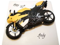 Yamaha sport bike cake! COOL!!!