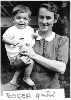 1947 Roger, 9 months, & Mum, Glisson Rd