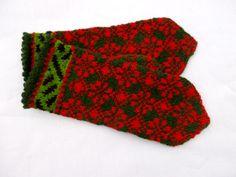 Hand knitted wool mittens latvian mittens by peonijahandmadeshop