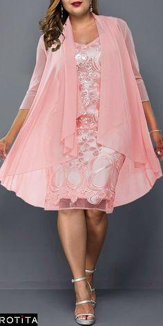 Cute Casual Plus Size Dress for 2019 Frauenmode Dress Plus Size, Plus Size Outfits, Tee Dress, Belted Dress, Plus Size Wedding Guest Dresses, Vestidos Plus Size, Mode Plus, Elegantes Outfit, Mode Outfits