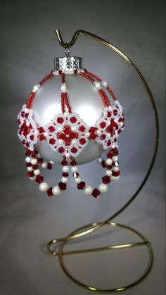Swarovski Siam and Pearleasant White pearl beaded ornament Felt Christmas Decorations, Beaded Christmas Ornaments, Handmade Ornaments, Felt Ornaments, Christmas Bulbs, Christmas Ideas, Christmas Crafts, White Beads, Blue Beads