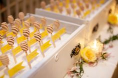 Photo by @Simply Photography, honey dipper place-card table with sugar.