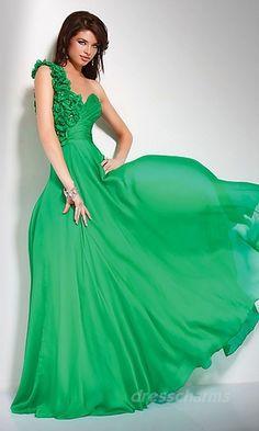 Cute green dress!