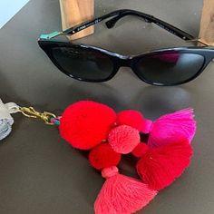 Items similar to Luisa Tassle Keychain Large Pom Pom Tassel Keychain Tassel Zipper Pull BOHO Chic Bag Charm Beach Bag Summer Festival Unique Gifts For Her on Etsy Tassle Keychain, Pom Pom Purse, Boho Chic, Gland, Hippie Jewelry, Fringe Earrings, Wooden Beads, Craft, Pom Poms