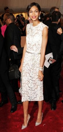 This model looks like Val. It's Chanel Iman in Dolce & Gabbana. A fave 2011 Met Ball look.