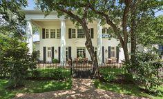 Beth Carter's Mountain View listing in Austin's Tarrytown neighborhood.