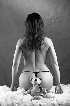 Mature black women spread naked