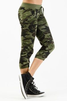 YOGA ARMY Military Camouflage CAMO print Capri sweat pants fleece Cotton S M L #Zenana #CaprisCropped For Great Yoga Products Visit Our Website