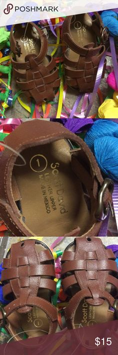 Leather Huarache Sandals Infant size 1. Mexican Huaraches for your little one to rock fiesta and all summer.  Unisex size 1. Shoes Baby & Walker