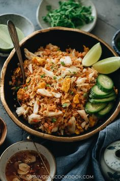 Crab Fries, Asian Recipes, Ethnic Recipes, One Pan Meals, Thai Style, Rice Noodles, Rice Bowls, Fried Rice, Healthy Snacks