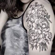 #tattoo #tattoo2me #flowers #dotwork #darkartists #blacktattooart #blacktattoomag #blackworkerssubmission #blackworkers #inkstinctsubmission #equilattera #onlyblackart #peonies #blxckink #lucianodelfabro #tttism