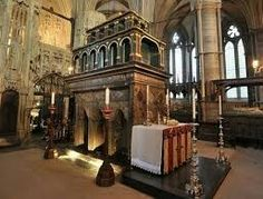 Princess Margaret of York is buried near the pillar on the right, between Edward III (on the left side of the pillar) and Richard II (right side)