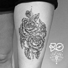 Black Works Tattoo By RO. Robert Pavez • Peonies flowers • #engraving #dotwork #etching #dot #linework #geometric #ro