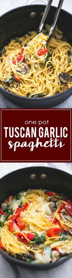 30 Minute One Pot Creamy Tuscan Garlic Spaghetti | lecremedelacrumb.com