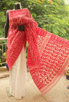 Buy Dhakai Jamdaani Silk Hand Woven Saree