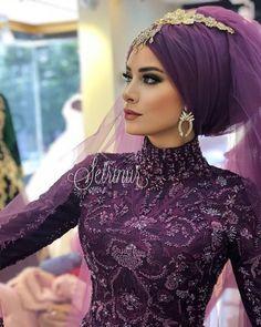 Beautiful memories from Setri Nur Diyarbakır . Beautiful memories from Setri Nur Diyarbakır … ri … Hijabi Wedding, Wedding Hijab Styles, Muslimah Wedding Dress, Hijab Wedding Dresses, Wedding Gowns, Hijabs, Marriage Gown, Bridal Party Jewelry, Models