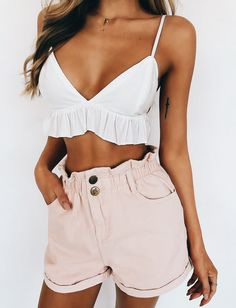 Cute summer outfit ღ Stylish outfit ideas for women who follow fashion.
