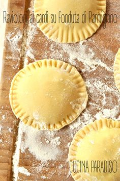 Ravioloni ai cardi su fonduta di Parmigiano #cucinaparadiso #ravioli #homemade #cardi #parmigiano #fonduta