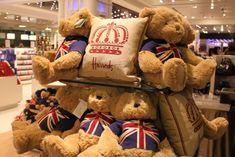 ~ classic Harrods teddy bears ~ London ~