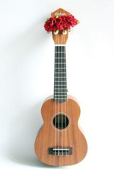 ukulele item / Ribbon lei for ukulele / red flower / by ukuhappy