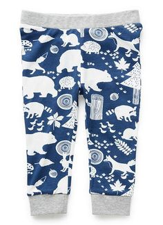 95% Cotton 5% Elastane legging with all over forest theme print and contrast cuff and waistband.