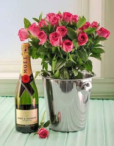 Holiday Party Discover bucket of flowers Birthday Quotes Birthday Wishes Birthday Cards Happy Birthday Beautiful Gif Beautiful Roses Wine Bottle Images Moet Chandon Love Rose Happy Birthday Wishes Images, Birthday Wishes Cards, Happy Birthday Greetings, Birthday Quotes, Birthday Presents, Moet Chandon, Wine Bottle Images, Happy Birthday Beautiful, Flower Phone Wallpaper