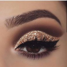 make up tutorial;make up for brown eyes;make up for hazel eyes;make up organization;make up ideas;make up tutorial;make up for brown eyes;make up for hazel eyes;make up organization;make up ideas; Prom Eye Makeup, Prom Makeup Looks, Glitter Eye Makeup, Skull Makeup, Cute Makeup, Eyeshadow Makeup, Gold And Brown Eye Makeup, Sparkle Makeup, Brown Eyeshadow Looks